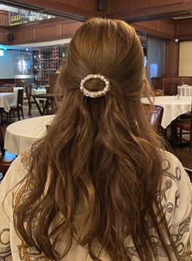 Hannah pearl comb pin